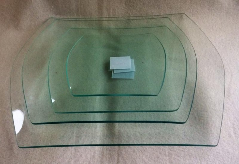 Farfurie din sticla, dreptunghiulara, margini valurite - PENT