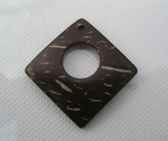 Margele de cocos - 5825 patrat natur - maro 2.7 cm