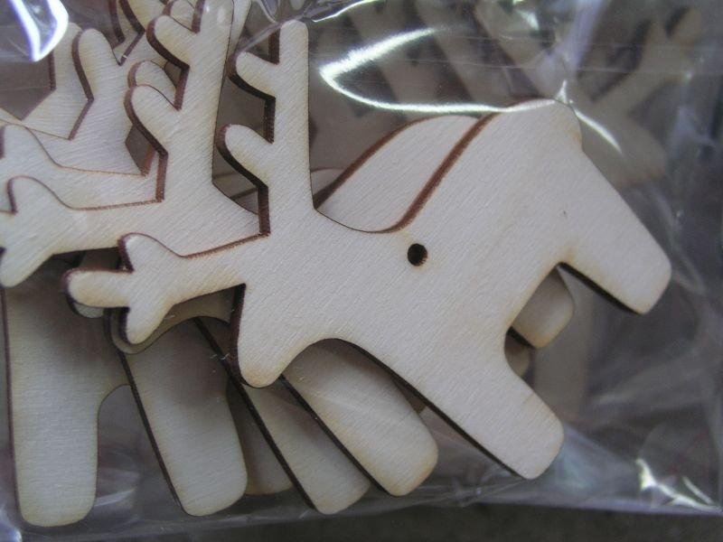 22866 Set 5 figurine lemn - nr.105 - pentru pictat - reni