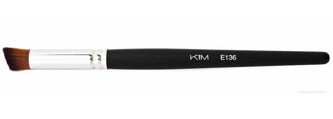 E136 - Pensula rotunda pentrun blush si anti-cearcan - KIM