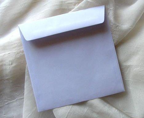 KP01.01 - Plic alb 14 x 14 cm , 100g - ITD