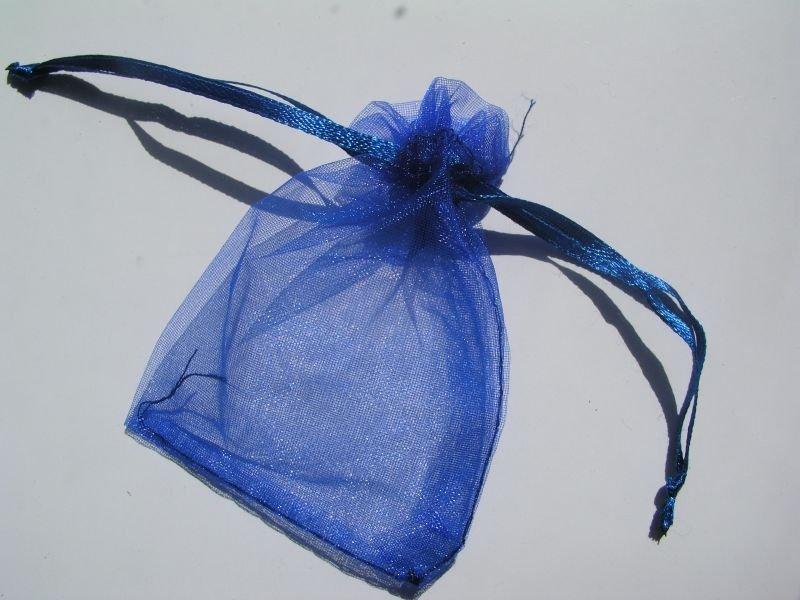 1358B - Saculet organza - 8.5 x7 cm - albastru inchis